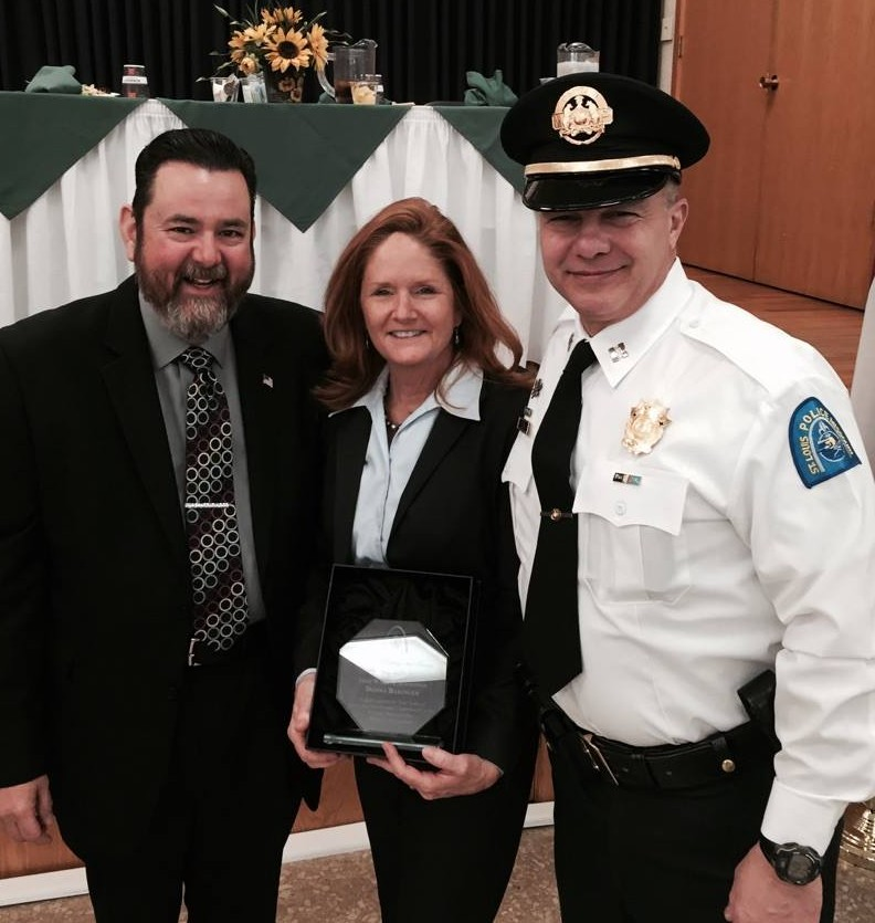 Distinguished Community Service Award DB